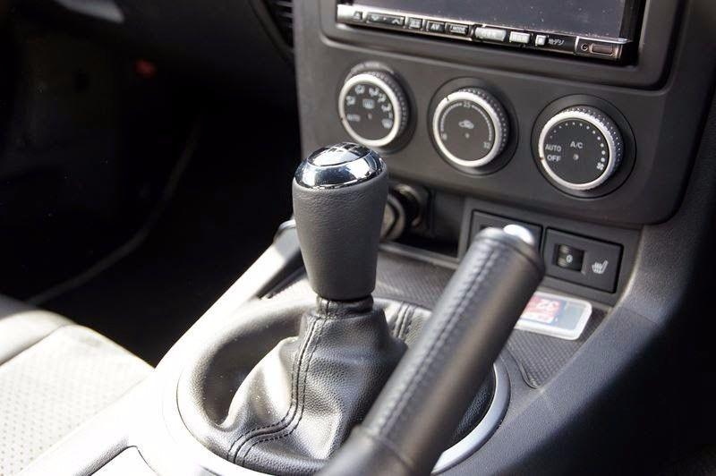 GENUINE MAZDA MIATA MX5 MX-5 ROADSTER BLACK 6 SPEED SHIFTER SHIFT KNOB OEM
